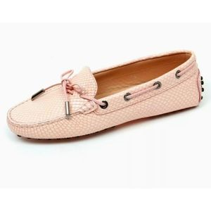 Tods gommino heaven lizard pink driving loafers 38